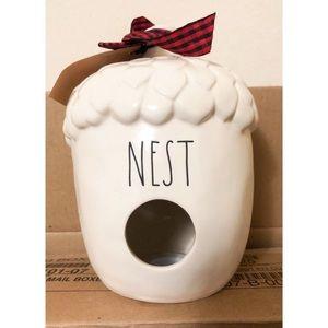 NWT Rae Dunn Acorn Nest Birdhouse